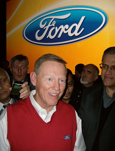 allan mulally ford motor credit Operationally, mulally explained in his unostentatious office, the plan wiped out ford's old fiefdoms and created a new, simplified leadership structure made up of the heads of the company's profit centers — its major geographies, plus ford credit.